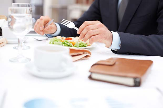 Business Dining Etiquette Robert Half Japan