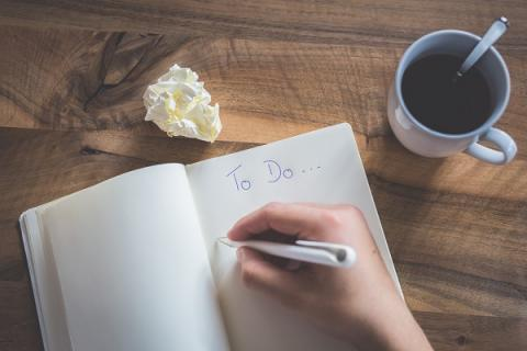11 things productive people don't do